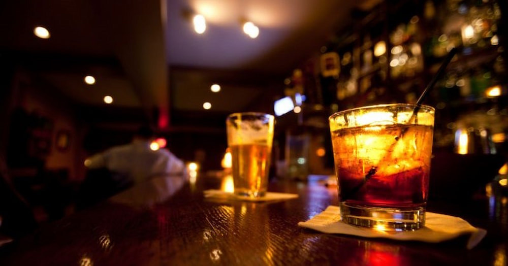 How to Attract customer to come bar