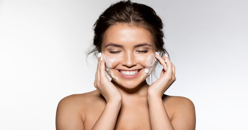 4 Cleansers to Choose for Sensitive Skin